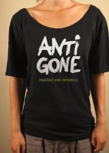 Antigone 213x300 100 Plakate